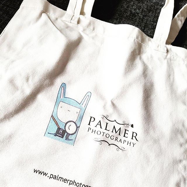 For a chance to win a @palmerphotographylondon shopper bag with new logo (illustrated by me!) check out the page by following the link. Good luck everyone! X....#totesamazebags #logolove #canienter #iwantone #designlogo #memyselfandernest #palmerphotography #competition #weekendvibes #giveaway #goodluck #illustration #artistofinstagram #cutepic #compoftheday #london #love #cutebag #shopperbag #photography #saycheese #totesamazebags